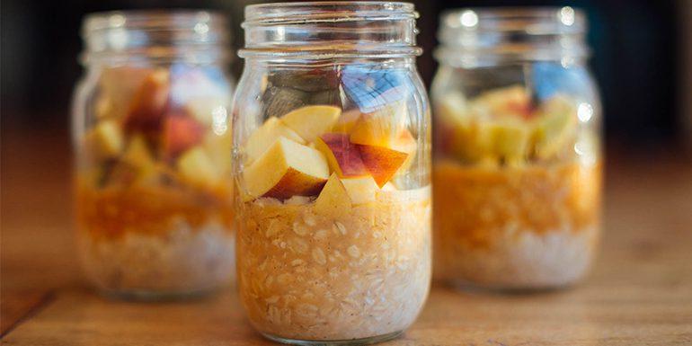 Vanilla Peach Overnight Oats