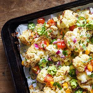 cheesy-cauliflower-nachos