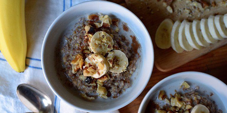 slow-cooker-banana-bread-oatmeal