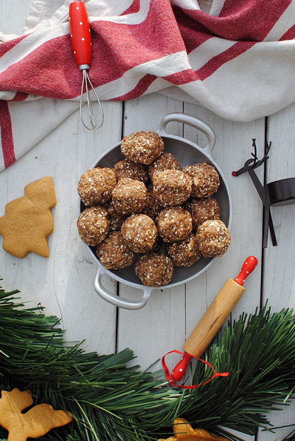 gingerbread-balls-withinpost-post